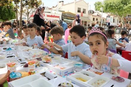 Eyüpsultan Belediye Başkanı Remzi Aydın, Ramazan, Tekne Orucu İftar Programı