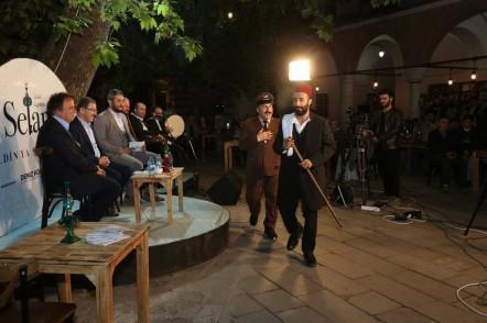Eyüpsultan'da Ramazan, Eyüpsultan Belediye Başkanı Deniz Köken, sosyal medya, canlı yayın